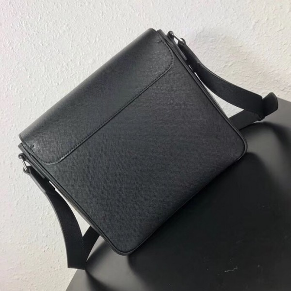 louis vuitton taiga leather review