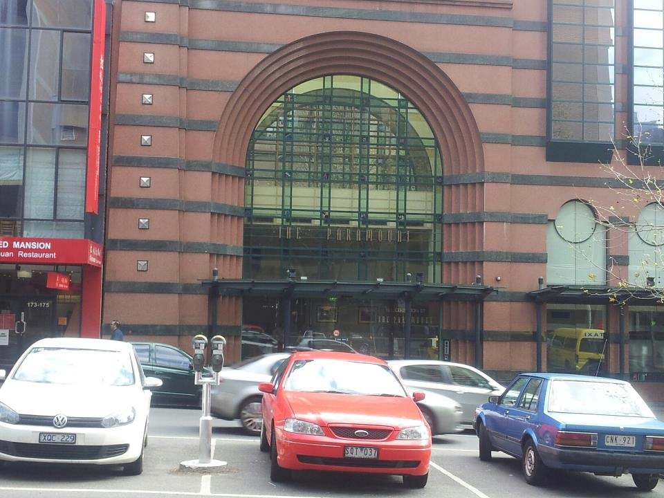 the paramount serviced apartments melbourne review