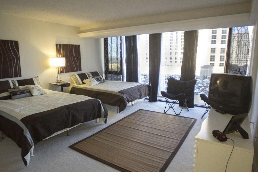 jockey suites las vegas review