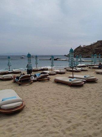 psarou beach hotel mykonos reviews