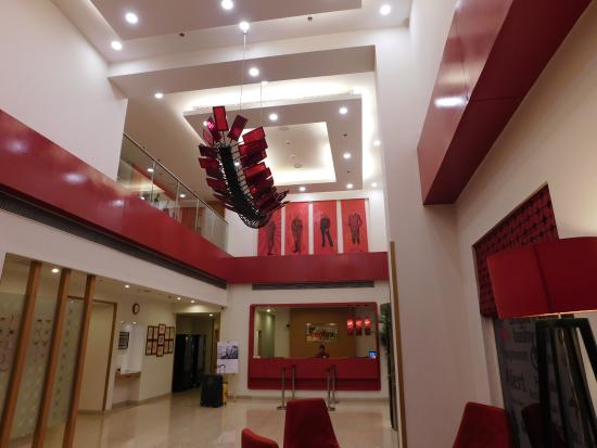 red fox delhi airport reviews