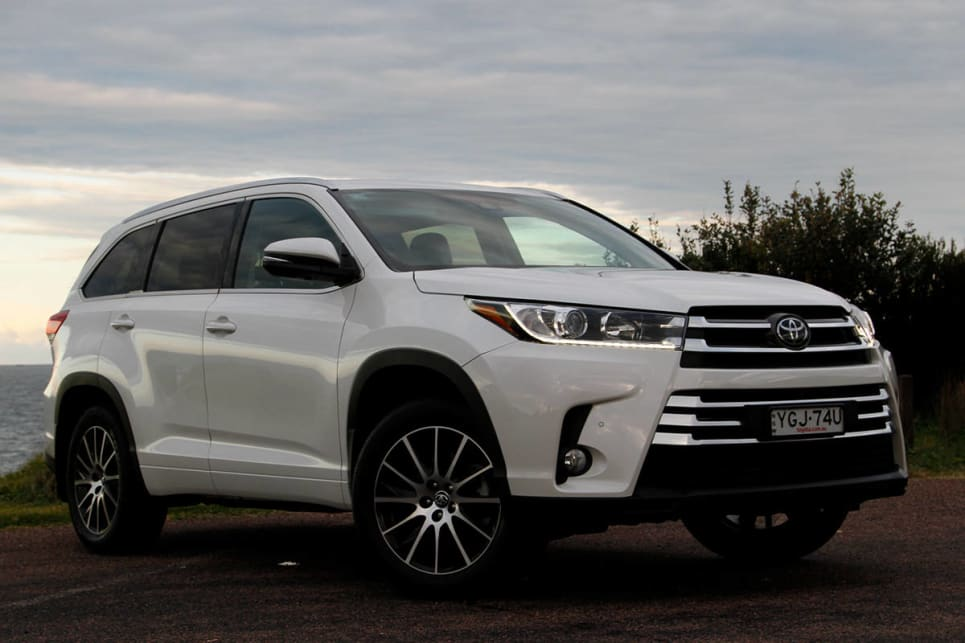 toyota kluger grande 2017 review